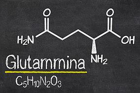 Formula chimica della glutammina e capsule